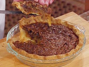 Em1004-6_pecan-chocolate-chip-pie_s4x3_lg