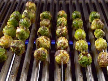 Ea1211-4_grilled-brussels-sprouts_s4x3_lg