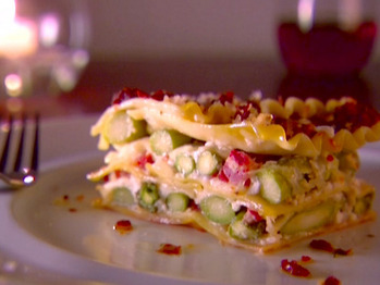 0061906f1_asparagus-lasagna_s4x3_lg