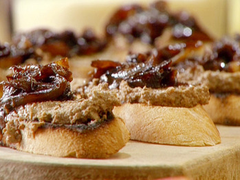 Lr0213_chicken-liver-pate-with-onions_lg
