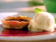 Fudge Tartlets with Peanut Butter Ice Cream and Cabernet Caramel  Recipe