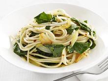 Garlic-and-Greens Spaghetti Recipe