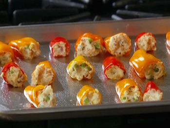 Gh0133_stuffed-baby-peppers_s4x3_lg