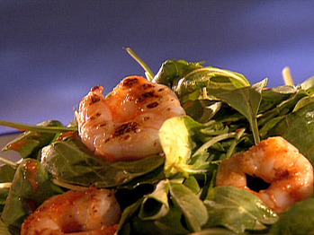 Gi0413_arugula-salad-with-seared-shrimp-and-roasted-red-bell-pepper-vinaigrette_lg
