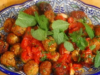 Mb2e07-2_soup-with-greens-and-meatballs_s4x3_lg