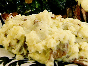 Ny0201_roasted-garlic-mashed-potatoes_lg