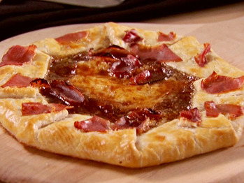 Sh1307-1_fig-and-prosciutto-crostata_s4x3_lg