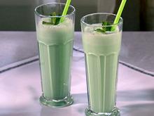 Grasshopper Ice Cream Cocktail Recipe