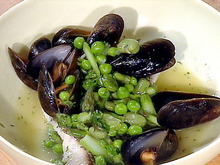 Black Sea Bass and Mussels a la Nage Recipe