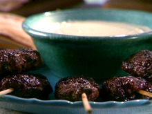 Lamb Kabobs with Tzatziki Sauce Recipe