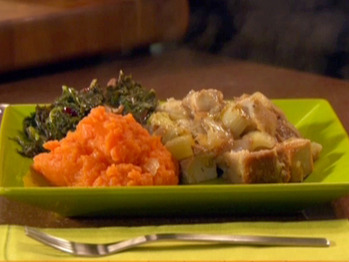 Tm-1709_traditional-supper-stuffing-with-cider-gravy_s4x3_lg