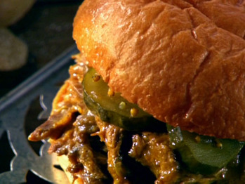 Za0103h_pulled-pork-with-mango-bbq-sauce_s4x3_lg