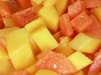 Ai0207-4_asian-fruit-salad_s4x3_lg
