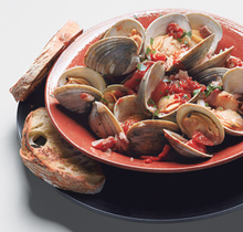 Clams with Smoky Bacon and Tomatoes Recipe