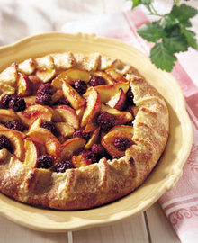 Rustic Nectarine and Blackberry Crostata with Cornmeal Crust Recipe
