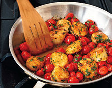 Sauted Scallops with Cherry Tomatoes, Green Onions, and Parsley Recipe