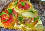 Zweibel Kuchen (avec tomatoes in the summer, sans in the winter) Recipe