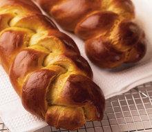 """""""Tsoureki"""" (Greek Easter Bread) Recipe"""