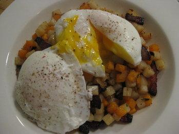 Potato_hash_and_eggs_004