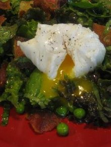 Poached Duck Egg and Bacon Summer Salad Recipe