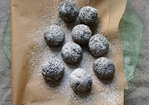 Fudgy Bourbon Balls Recipe