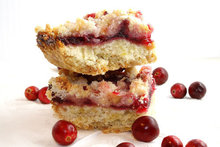 Cranberry and White Chocolate Streusel Bars Recipe