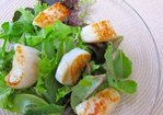 Caramelized Scallops with Baby Greens and Lemon Vinaigrette Recipe