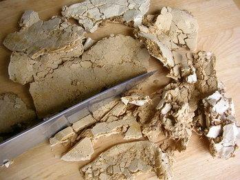 Crushed_coffee_meringue_1