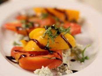Heirloom_tomato_salad