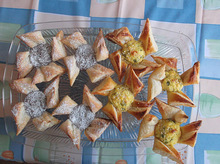 """Traditional Sweet and Savory Finnish Christmas Pastries """"Joulutortut"""" Recipe"""