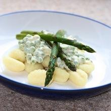 Gnocchi with pea and asparagus Sauce Recipe