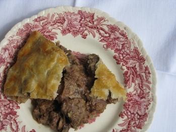 20110825-167809-steak-kidney-pie