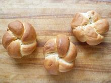 The Fundamental Techniques of Classic Bread Baking's Kaiser Rolls Recipe