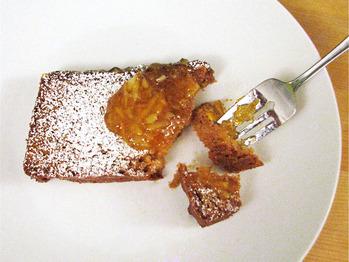 20110113-132596-marmalade-pound-cake