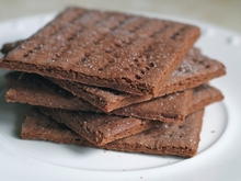 Gluten-Free Tuesday: Chocolate Graham Crackers Recipe
