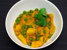 Potato and Pea Curry (Aloo Matar) Recipe