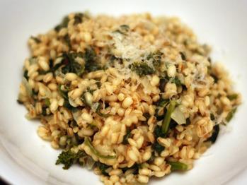 20110522-127355-dinner-tonight-farro-rapini-risotto
