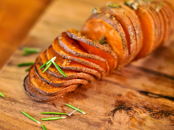 20120219-193550-hasselback-sweet-potatoes