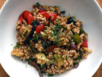 20091203-dt-farro-salad-with-roasted-veg