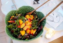 Look! Laure's Fresh Peach Salad Recipe