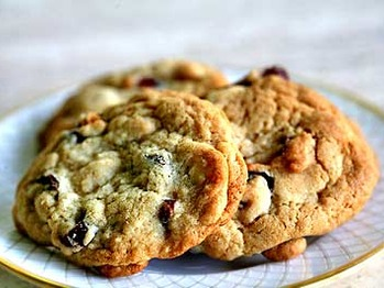 Cranberry-choc-cookies