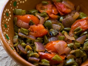 Nopalitos-tomatoes-onions