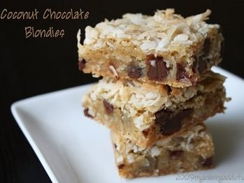 Coconut-chocolate-blondies