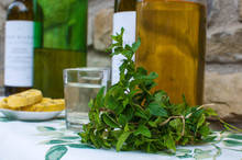 Mint Infused White Wine Syrup Recipe