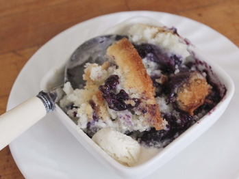 20120807-217207-gftues-blueberrycobbler_se_recipes