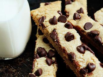 Cookiesticksandmilk