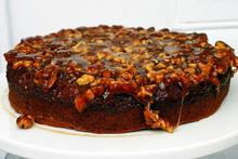 caramel walnut upside down banana cake Recipe