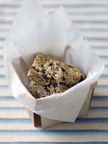 Chocolate Chip Granola Bars Recipe