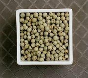 Green_peppercorns