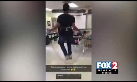 Caught on Camera: Science Students Jump Rope with Cat Intestines